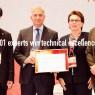 ผู้เชี่ยวชาญ ISO 14001 รับรางวัลลอเรนซ์ ดี.ไอเคอร์