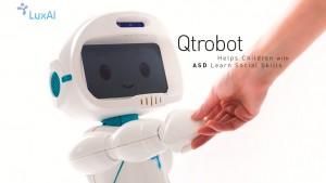 Qtrobot-Helps-Children-with-ASD-Learn-Social-Skills