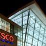การติดตั้ง LED สาขาแรกของ Tesco Express ช่วยประหยัดพลังงานถึง 30%